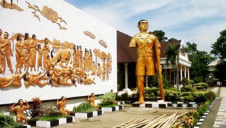 Monumen Korban 40.000 Jiwa via Infosulsel