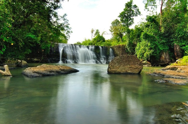 Objek Wisata Alam Curug Dengdeng di Tasikmalaya