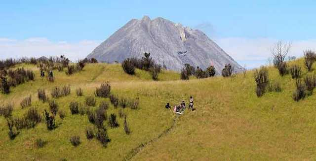objek wisata alam gunung merbabu di salatiga