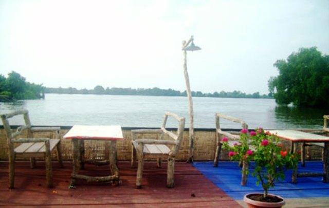 Objek Wisata Danau Siombak di Medan