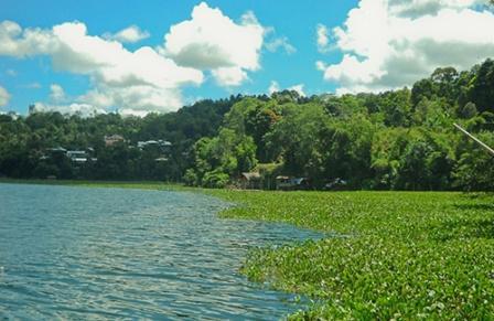 Objek Wisata Danau Tondano di Manado