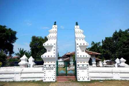 Objek Wisata Keraton Kanoman di Cirebon