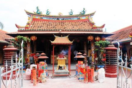 Objek Wisata Klenteng Boen Tek Bio di Tangerang