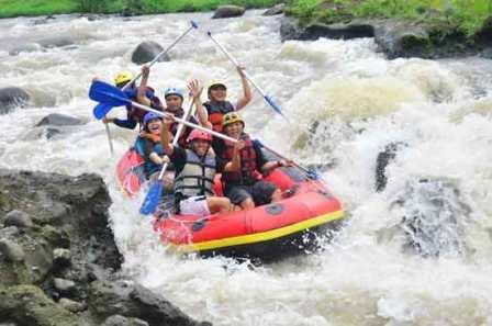 Objek Wisata Menantang Konto River Rafting di Kediri