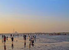 Objek Wisata Pantai Kejawanan di Cirebon