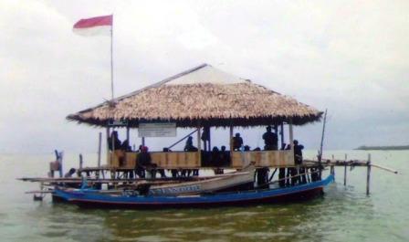Objek Wisata Pantai Mekar di Bekasi