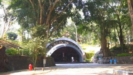 Objek Wisata Religi Gua Maria Kaliori di Purwokerto