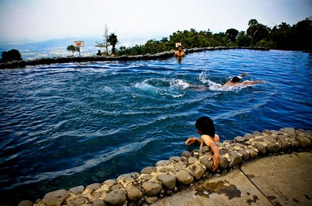 Objek Wisata Umbul Sidomukti di Semarang dekat Salatiga