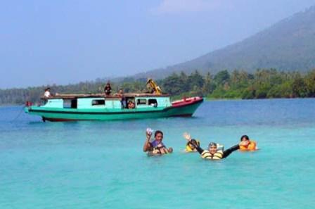 Obyek Wisata Pulau Umang di Banten