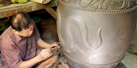 Pembuatan Keramik dan Vas Naga, Tao Hong Thai Ceramic Factory
