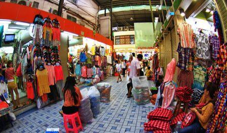 Tempat Belanja Murah di Pratunam Market Thailand