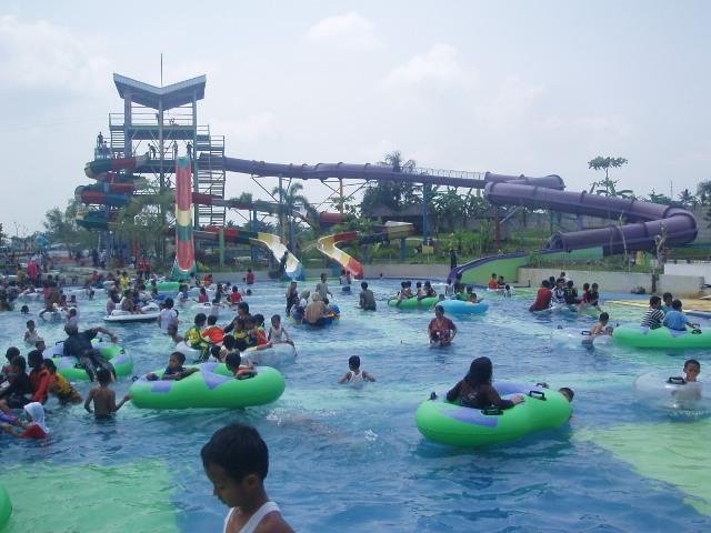 Tempat Bermain Water Splash Indihiang di Tasikmalaya