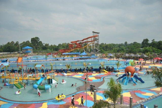 Tempat Liburan Hairos Water Park Medan - tempat wisata di Medan