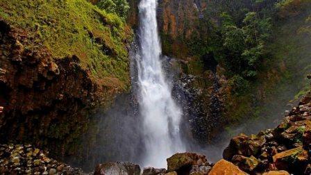 Tempat Wisata Alam Air terjun Takapala di Makassar