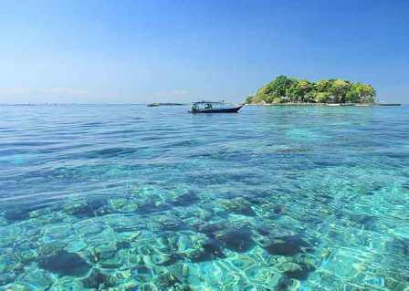 Tempat Wisata Bahari Pulau Samalona di Makassar