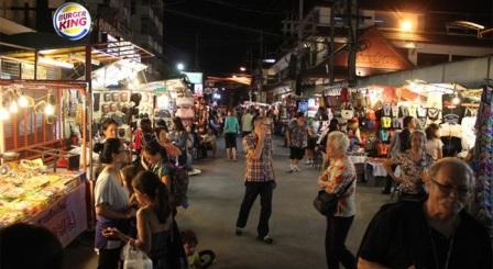 Tempat Wisata Belanja Chiang Mai di Thailand