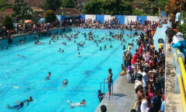 Tempat Wisata Keluarga Kolam Renang Kalitaman di Salatiga