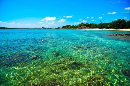 Tempat Wisata Keluarga Pantai Tanjung Lesung di Banten
