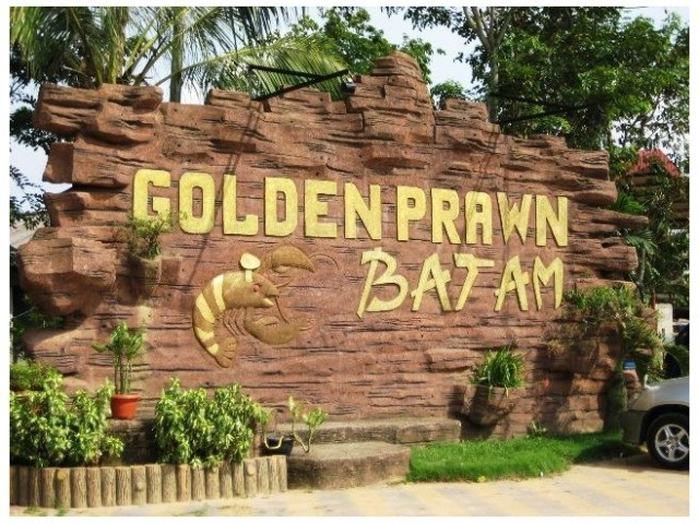 Tempat Wisata Kuliner Golden Prawn Batam