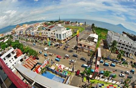 Tempat Wisata Kuliner Kawasan Boulevard di Manado