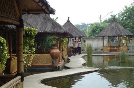 26 Tempat Wisata Di Bekasi Jawa Barat Paling Terkenal Yang