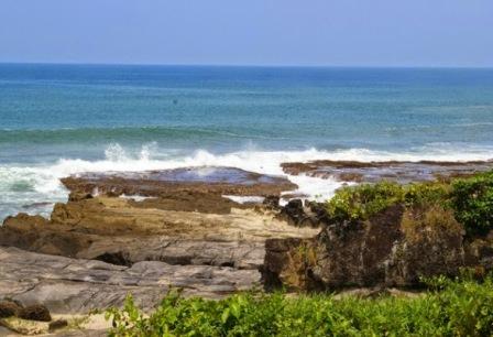 Tempat Wisata Pantai Cihara Lebak di Banten