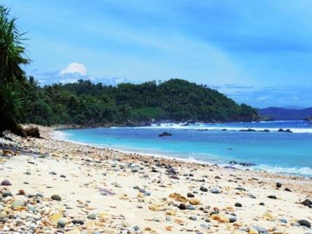 Tempat Wisata Pantai Pidakan Pacitan