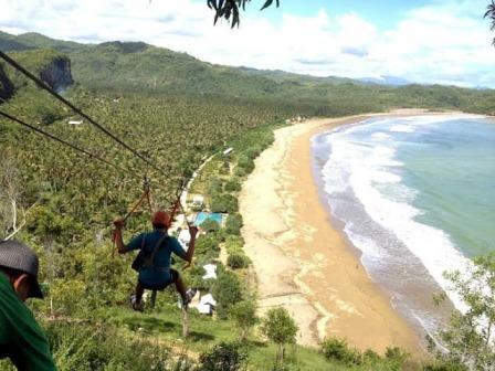 Tempat Wisata Pantai Taman di Pacitan