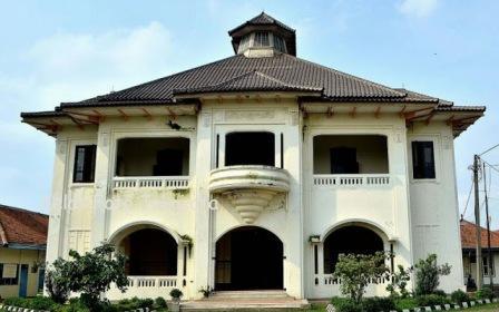 Tempat Wisata Sejarah Gedung Juang 45 di Bekasi