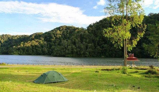 Tempat Wisata Seru Danau Lau Kawar