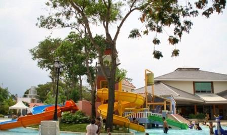 Venetian Water Carnaval - tempat wisata di Bekasi