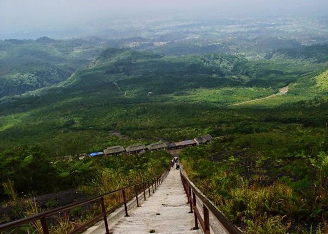 Wisata Alam Gunung Galunggung Tasikmalaya