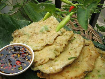 Wisata Kuliner Mendoan khas Purwokerto