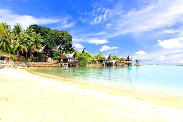 Wisata Pantai Marina di Batam