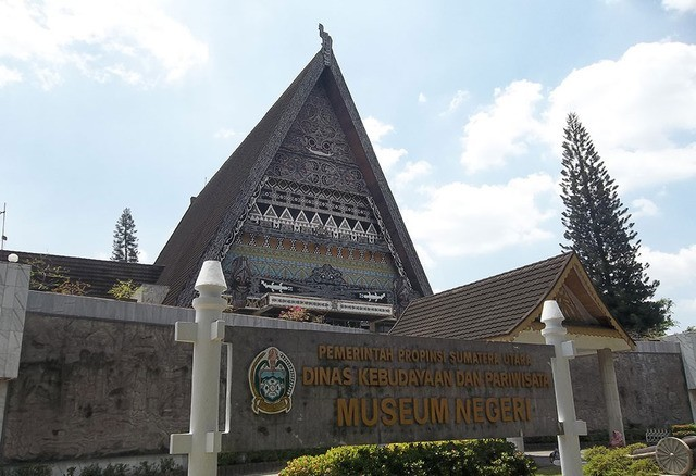Wisata Sejarah Museum Sumatera Utara