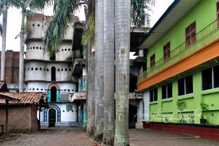 Wisata Seru ke Masjid Pintu Seribu di Tangerang
