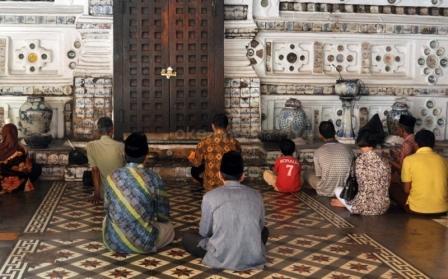 Ziarah ke Makam Sunan Gunung jati Cirebon