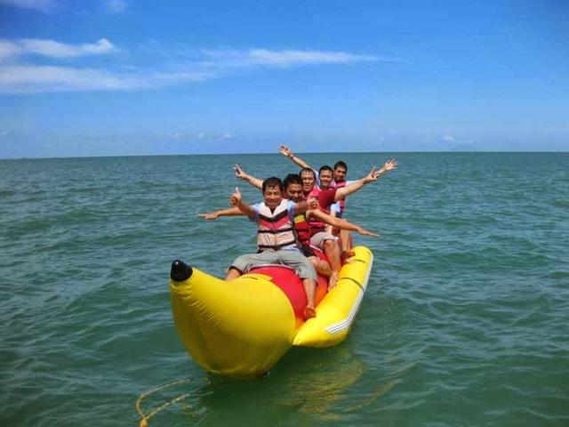 Banana Boat Pantai carita Banten