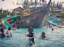 Keceriaan di Objek Wisata Bahari Lamongan