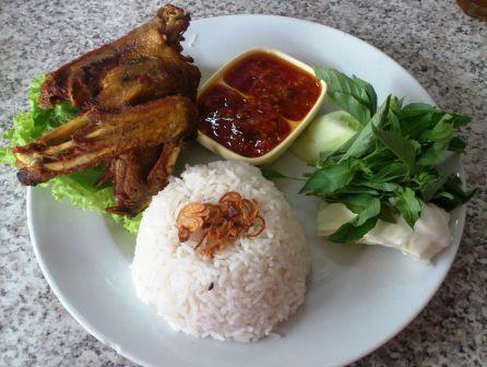 Kuliner Semarang Bebek Bakar dan Goreng Pak Thori