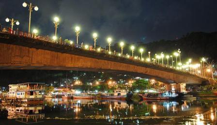 Pantai Muaro Padang & Jembatan Siti Nurbaya