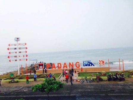 Pantai Padang 'Nan Rancak Bana'
