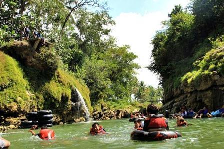 Rafting di Kali Oyo Gunungkidul
