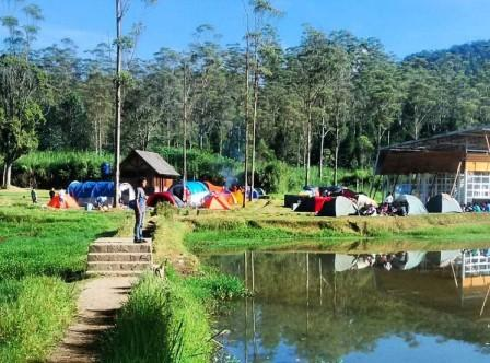 Tempat Wisata Alam di Ranca Upas, Ciwidey Bandung