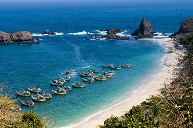 56 Tempat Wisata Di Jember Yang Menarik Dikunjungi Saat Liburan