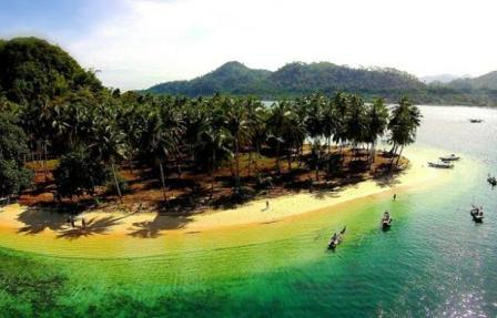 Wisata Pulau Pasumpahan Nan Indah