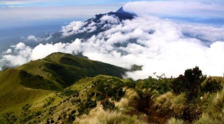 Wisata Tawangmangu Gunung Lawu