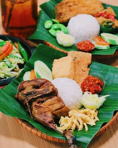 38 Tempat Wisata Kuliner Semarang Yang Terkenal Enak Wajib
