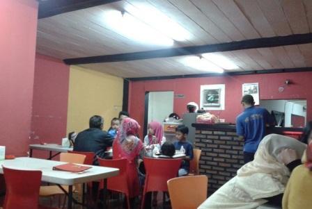 Tempat Nongkrong di Bandung Paling Keren dan Terkenal ExploreBandung; Tempat Nongkrong di Bandung