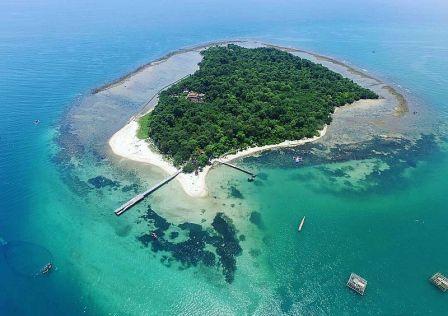 Pantai Pulau Panjang Jepara